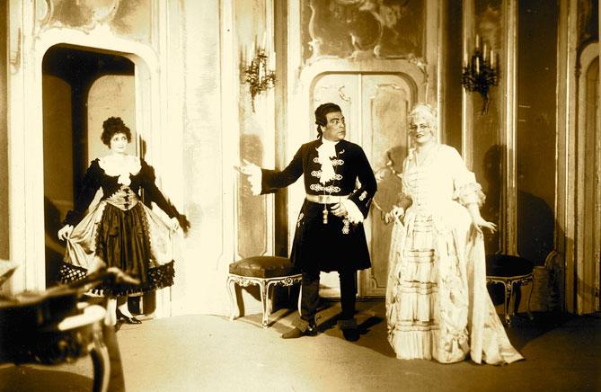 Figaros-Hochzeit-Schuch-Susanna-Burg-Graf-Almaviva-Seinemeyer-Graefin for-web