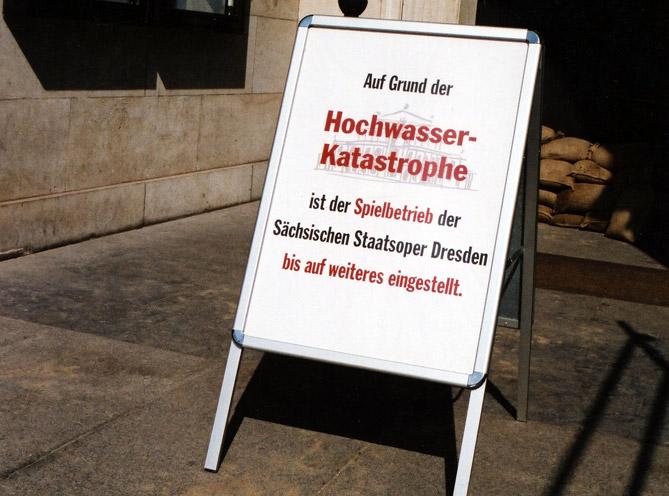 Hochwasser-Semperoper-Informationstafel-for-web