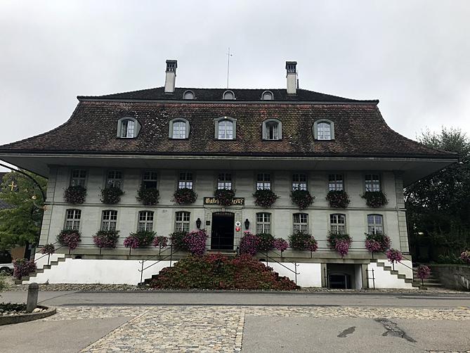 Schweizer-Haus-Hotel-Baeren-for-web