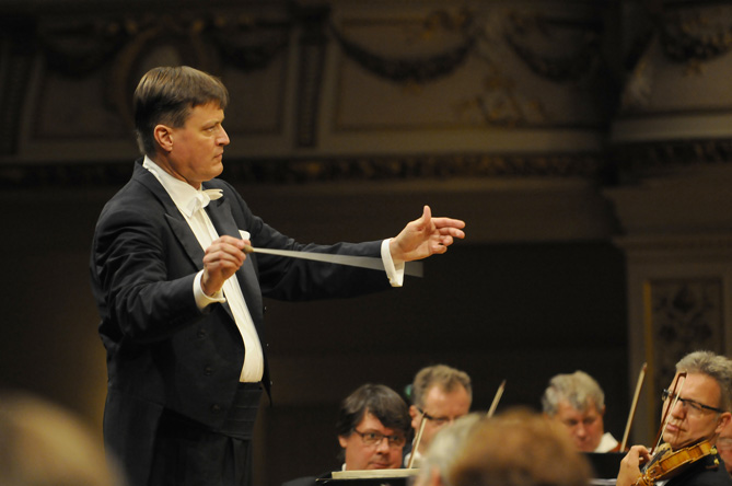 5490_Thielemann-for-web