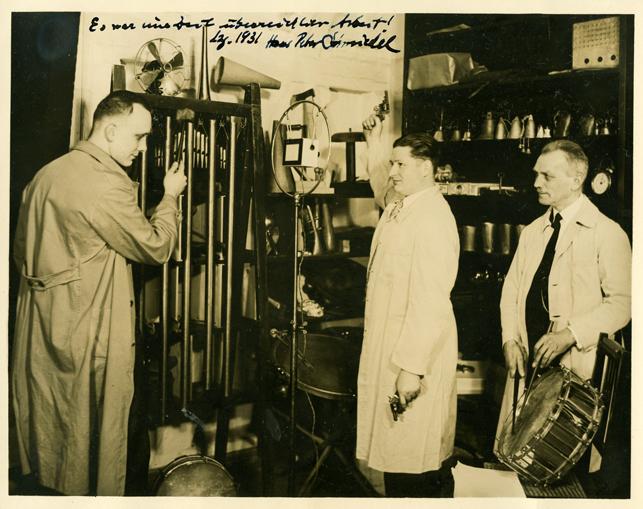Geräuschemacher bei der Mittekdeutschen Rundfunk-AG, um 1929 Foto: TRIANGEL-Archiv