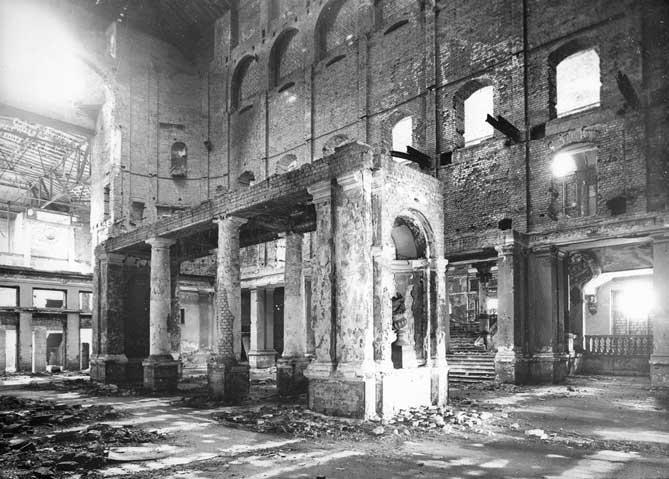 Gewandhaus-Grosser-Saal-Ruine