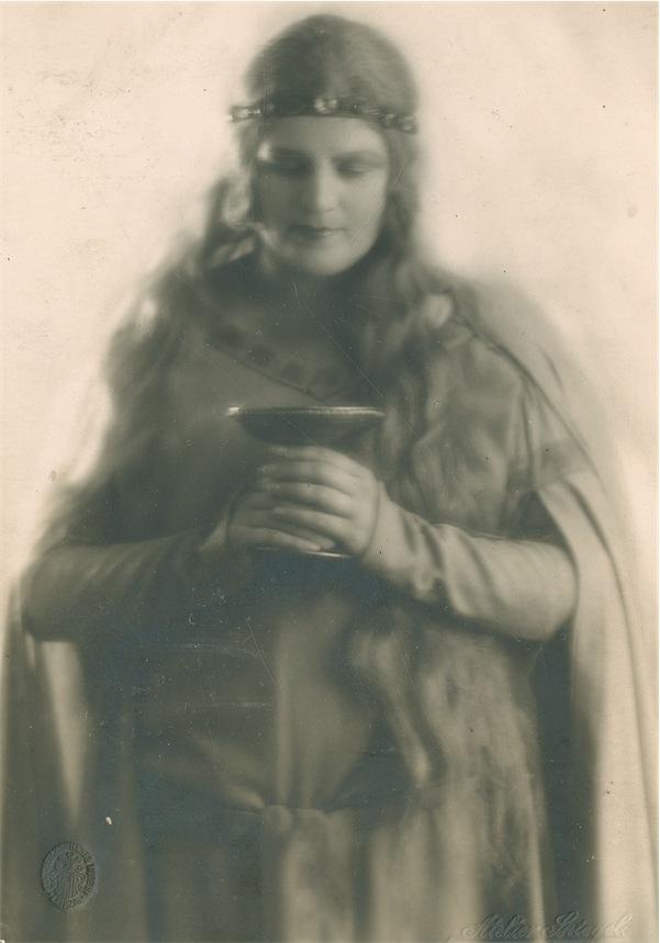 """Margarete Bäumer als Isolde in """"Tristan und Isolde"""", 1938 © Foto aus dem CD-Booklet - Stadtgeschichtliches Museum Leipzig, Paul Cichorius Sammlung"""