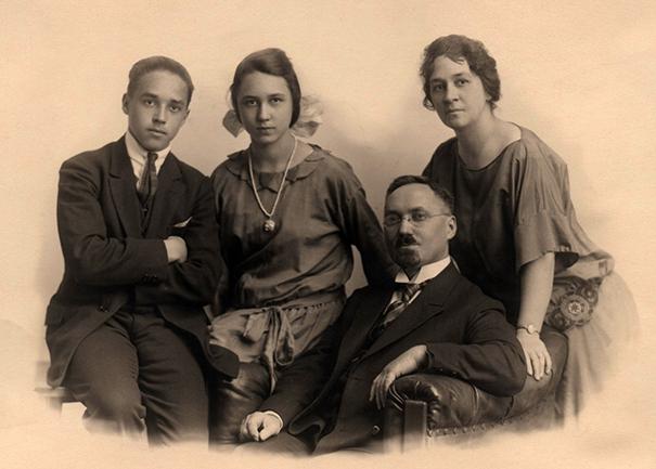Achteliks_1926_1-www