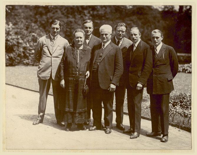 Busch-Familie-1920-for-web