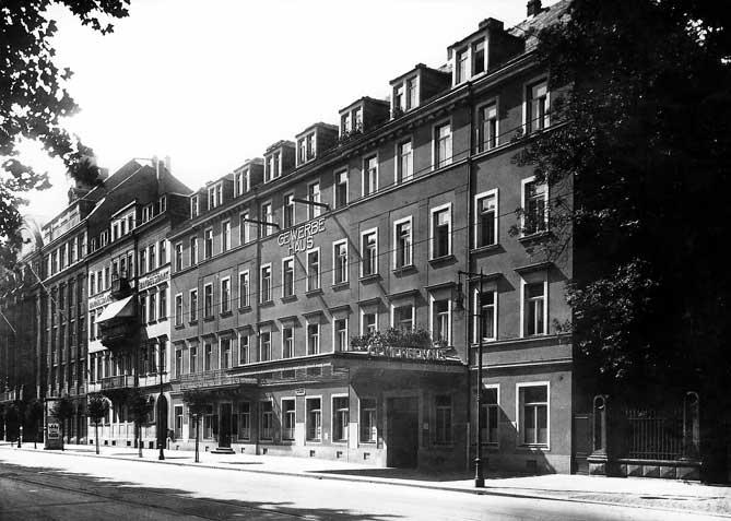 Gewerbehaus-for-web