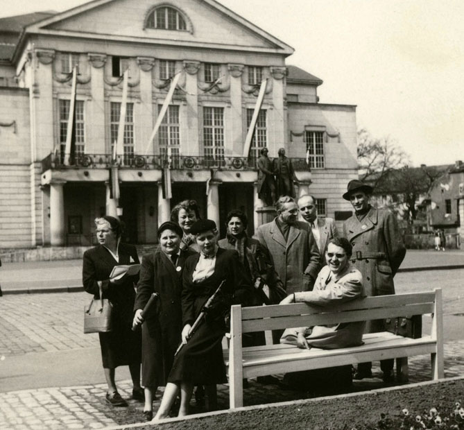 1955-05-07-Weimar-for-web