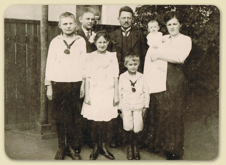 Familie-Troetschel for web