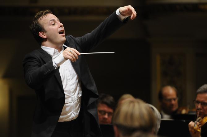 Yannick-Nezet-Seguin-Bruckner-Wagner-Symohonie-Dresden-01